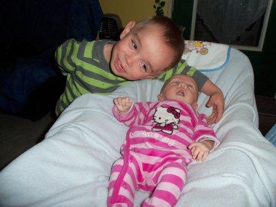 Nathéo et Mélyna sa soeur