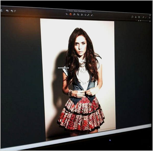 Nina posant pour le magazine Nylon.