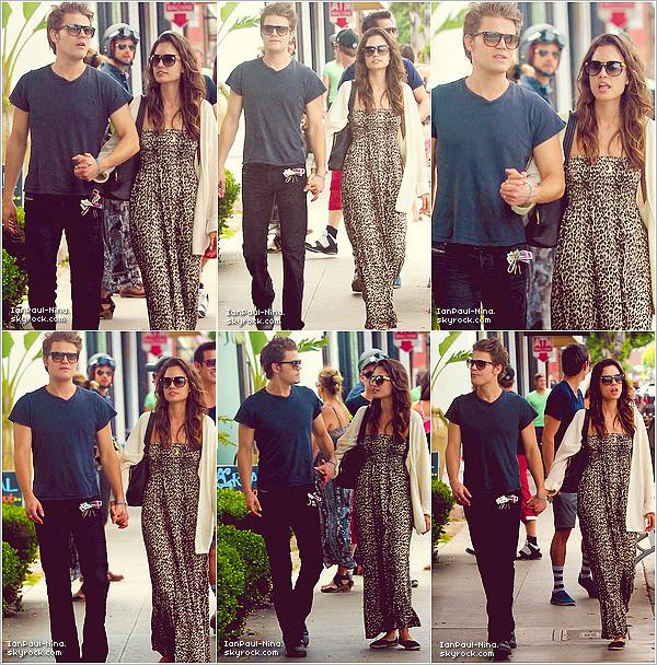 . Le 1er Juillet 2012 // Paul en compagnie de son épouse Torrey se promenaient dans les rues de Santa Monica à Los Angeles..