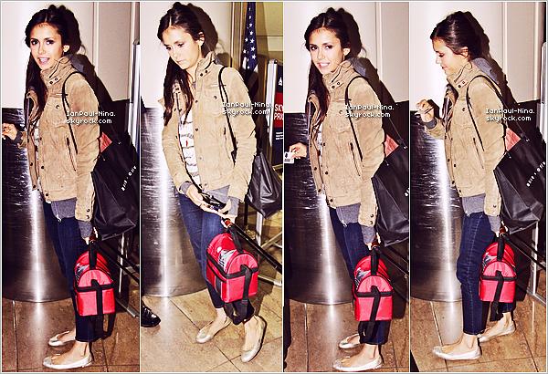 . Le 8 Juillet 2012 : Nina et Ian ont été aperçu à l'aéroport de LAX  à Los Angeles. ..