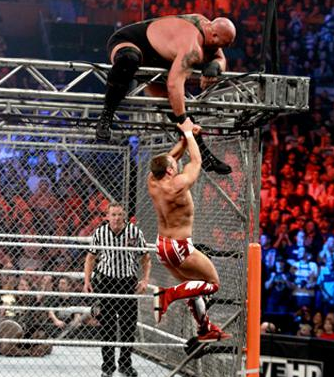 Daniel Bryan def Big Show & Mark Henry dans un Triple Threat Steel Cage Match