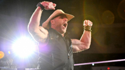 Shawn Michaels de retour à Raw !!