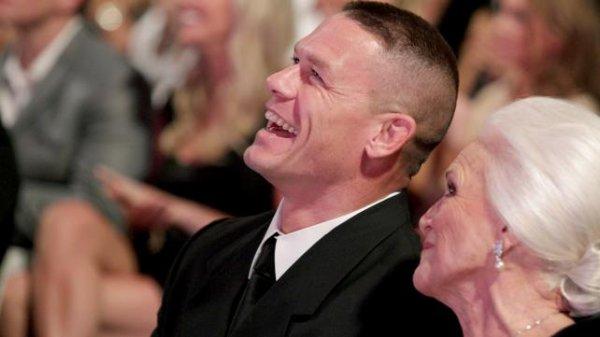WWE Hall Of Fame Photos - Ron Simmons