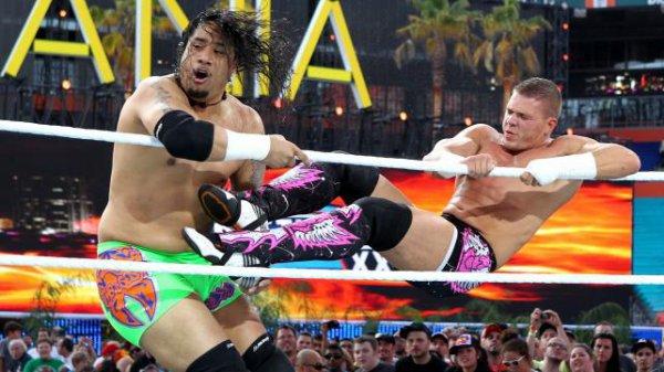 Primo & Epico vs Justin Gabriel & Tyson Kidd vs The Usos