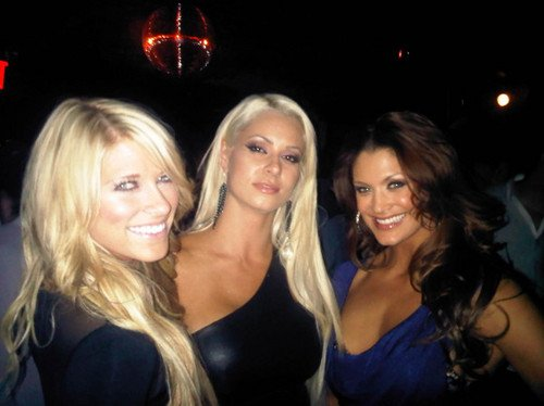 KELLY KELLY , MARYSE , EVE .