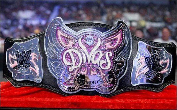 LA CEINTURE DES DIVAS DE LA WWE.