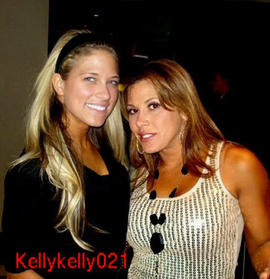 KELLY ET MICKIE JAMES .