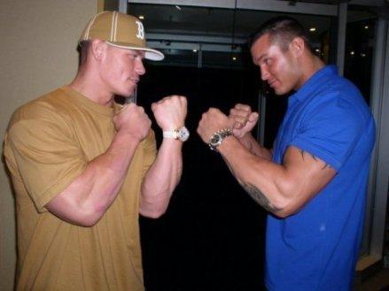 John cena Et Randy Orton.