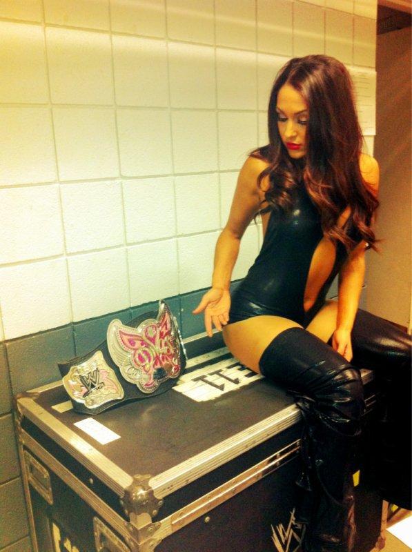 Nikkie Bella et la ceinture des divas .
