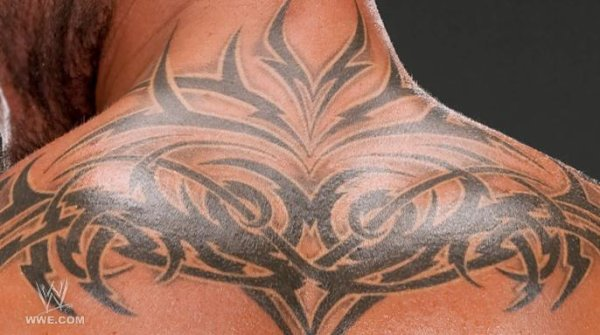 Tatoo A Randy Orton .