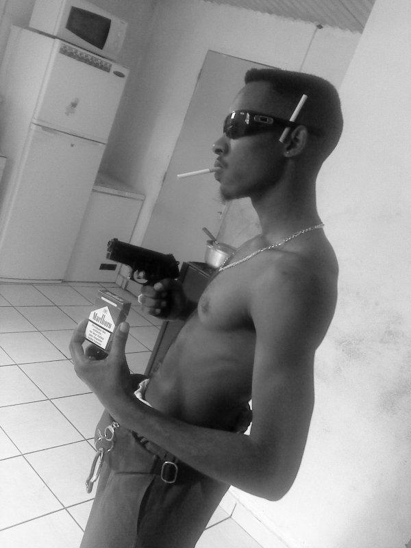 smoke le boy de yottema