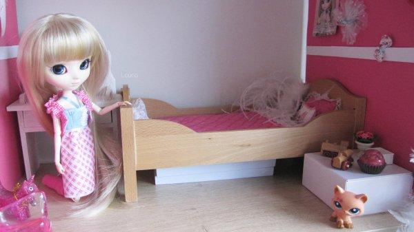 Nouveau lit pour April *-* ♫