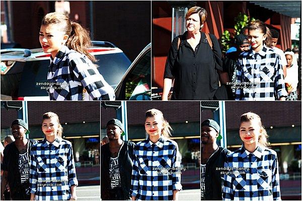 14/05/14 Zendaya  se baladant dans Los Angeles avec val Chmerkovskiy