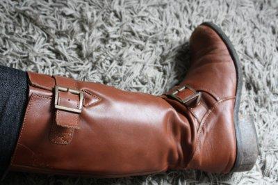 Chaussures et soutients gorges PRINCESSE TAM TAM