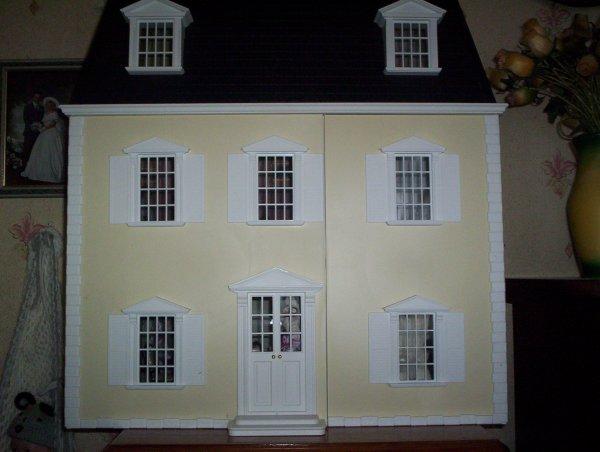 ma maison de poup e victorienne suite le monde des b b s reborn. Black Bedroom Furniture Sets. Home Design Ideas