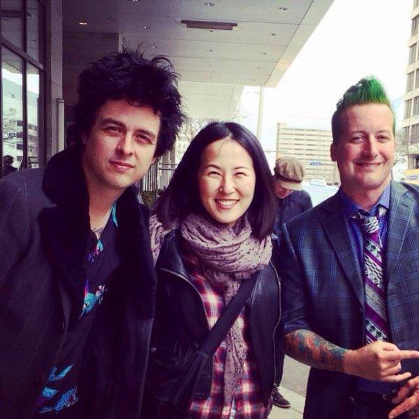 Billie Joe et Tré avec une fan