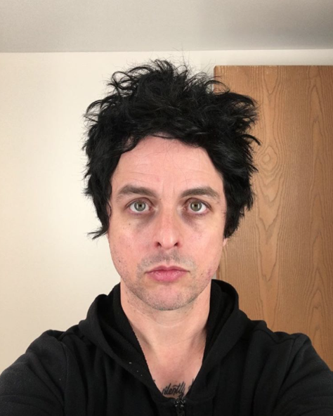 Choses mignonnes que Billie Joe fait dans les entrevues