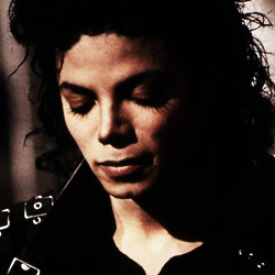 """""""It's so much darker when a light goes out than it would have been if it had never shone.""""♥"""