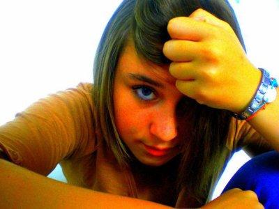 Une jeune fille ;D