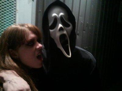 une des mes amies ak moi des une party d halloween