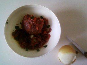 POUR CHANGER DU BANAL STEAK OU REMPLIR UN SANDWICH : LES BOULETTES  A LA MAROCAINE