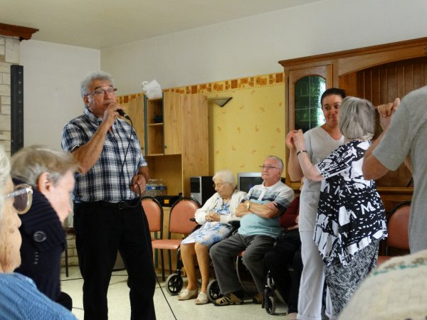 Résidence Arc-en-ciel à Hensies, 19 août 2014