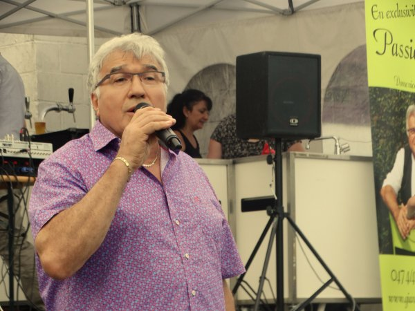 """Taisnières-sur-Hon (F), """"Aux Arcades"""", 24 juin 2017 à 19 h"""