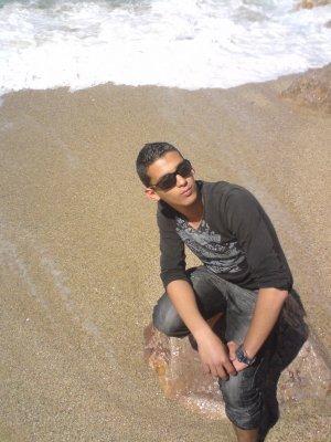 j'ai  d' un amie qui est mort (alah yarhmou)
