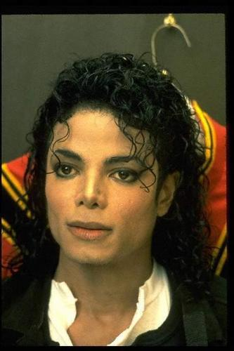 *Michael Jackson: The King Of Pop*