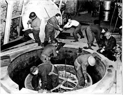 Fusée V2 et charge Nucléaire ? Dernière nouvelle usine nucléaire inexploré 75 hectares découvert en Autriche