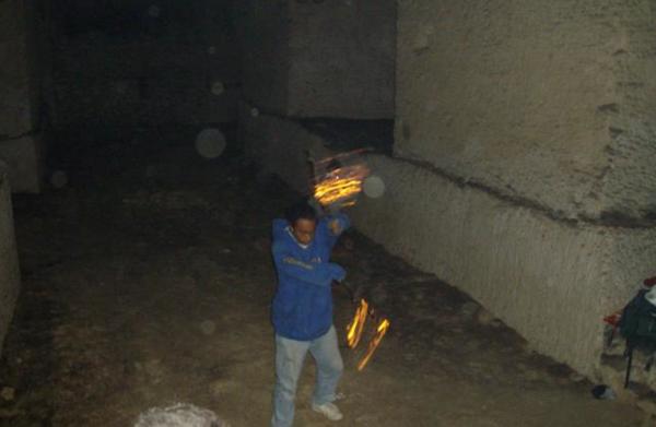 Expert bâton staff enflammé