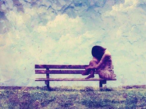 - Car mieux vaut être indifférente et digne que malheureuse et pathétique.