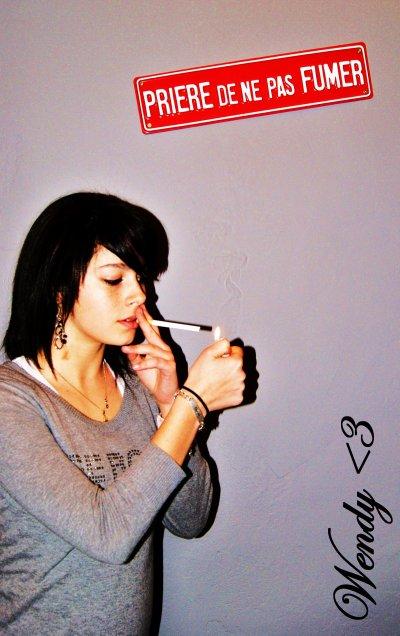 """On ma toujours dit """"Ne goute jamais a la cigarette"""""""