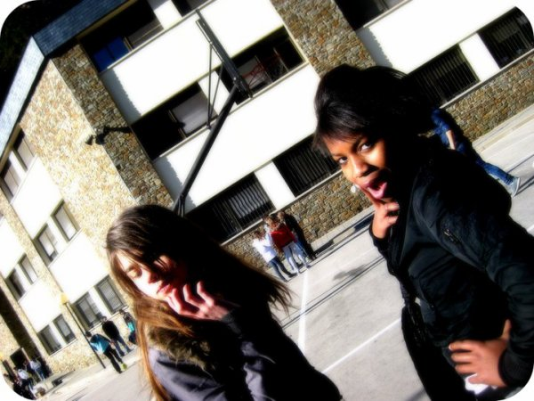 CAROLINEE&LIDIAA