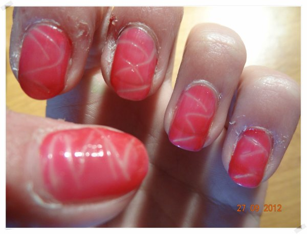 Nail Art - Vague dans le vide