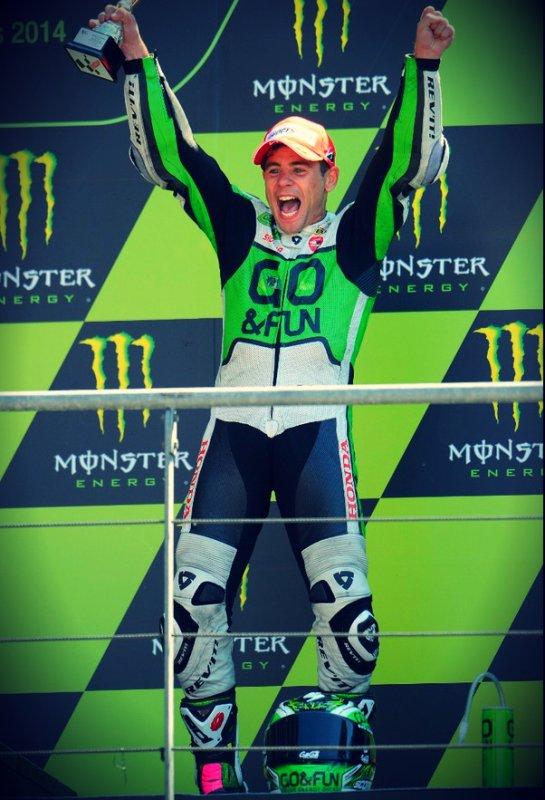 Alvaro sur la troisième marche du podium au Mans :D