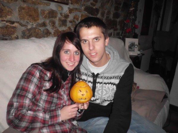 Moi et ma copine (et la citrouille)