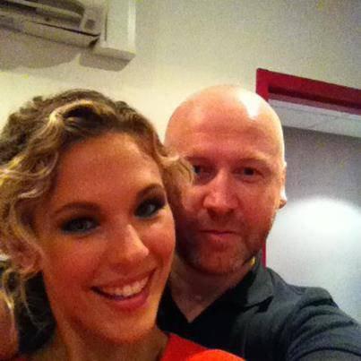 """Avec Mon Lolo hier soir pendant l'émission """"C'est la Rentrée!""""   message de  lorie"""