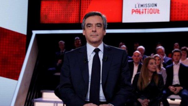 """Spécial """"Fillon accuse l'Elysée d'un complot..."""" - Image n° 1/2 !..."""