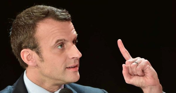 """Spécial """"Macron devient le favori de la présidentielle..."""" - Image n° 1/2 !..."""