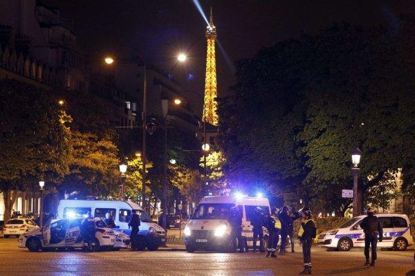 """Spécial """"Attentat sur les Champs-Élysées..."""" - Image n° 1/2 !..."""