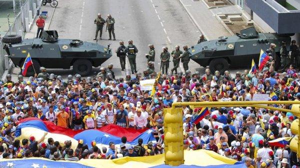 """Spécial """"MANIFESTATIONS AU VENEZUELA: 24 morts.  ( Le dessin de L'Express)..."""" - Image n° 1/2 !..."""