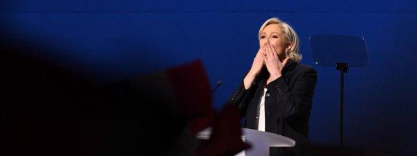 """Spécial """"Le Pen plagie un discours de Fillon..."""" - Image n° 1/2 !..."""