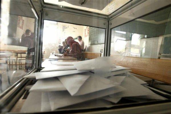 """Spécial """"Les Algériens votent pour élire leurs députés..."""" - Image n° 1/2 !..."""
