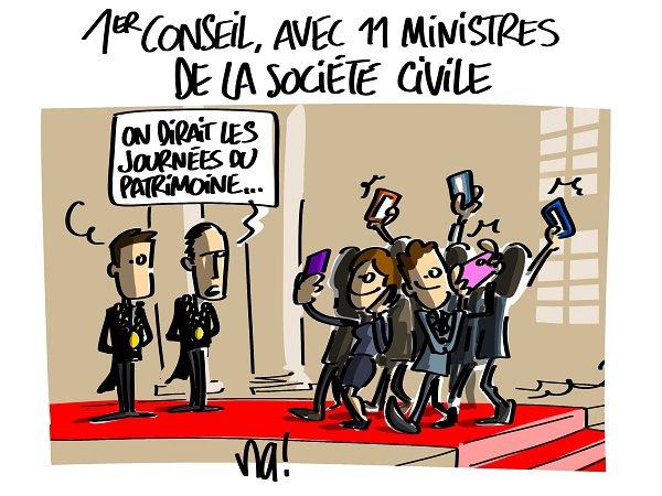 """Spécial """"Premier conseil des ministres du gouvernement Macron..."""" - Image n° 2/2 !..."""