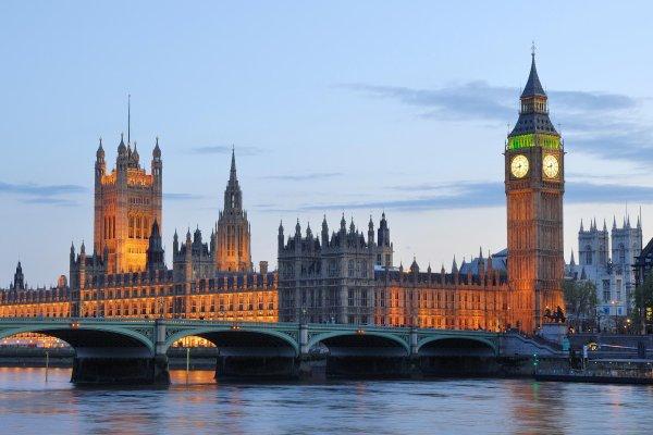 """Spécial """"Attentat terroriste à Londres..."""" - Image n° 1/2 !..."""