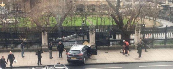 """Spécial """"Attentat terroriste à Londres, Roland Garros solidaire..."""" - Image n° 1/3 !..."""
