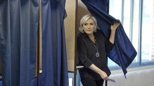 """Spécial """"Lourde défaite au 1er tour des Législatives pour Marine Le Pen... - Image n° 1/2 !..."""