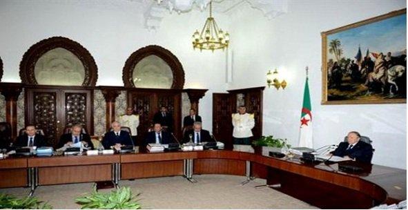 """Spécial """"Conseil des ministres en Algérie, comment ça marche ?..."""" - Image n° 1/2 !..."""