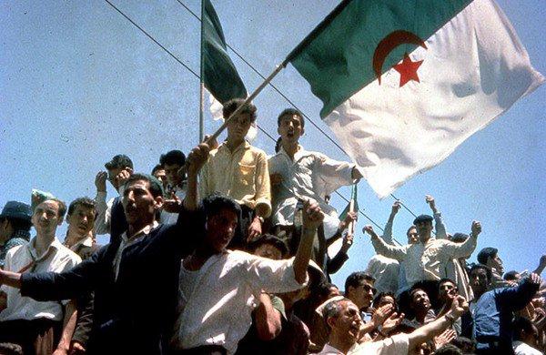 """Spécial """"Fête nationale : Les Algériens célèbrent le 5 juillet..."""" - Image n° 1/2 !..."""